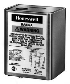 Honeywell Enclosed Spud Mount Switching Relays And Fan
